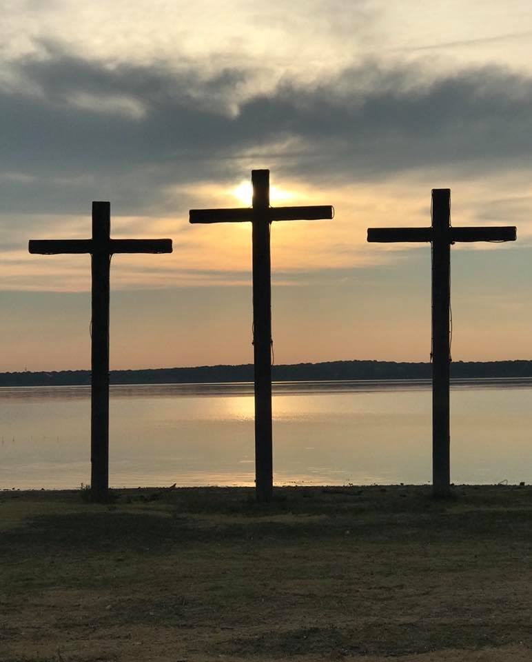crosses in the morning 2018